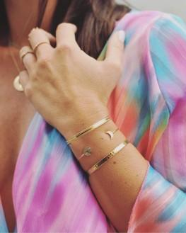 Composition tendance bracelet femme jonc ouvert plaqué or - Bijoux de créateur - Madame Vedette