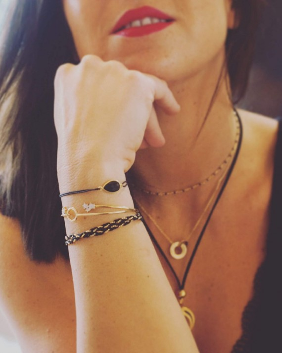 Composition bracelet cordon pierre monture plaqué or femme - Bijoux créateur Madame Vedette