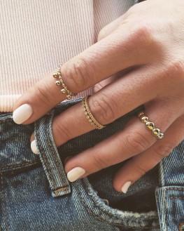 Composition petites bagues or fin tendance Instagram - Bijoux créateur mode - Madame Vedette